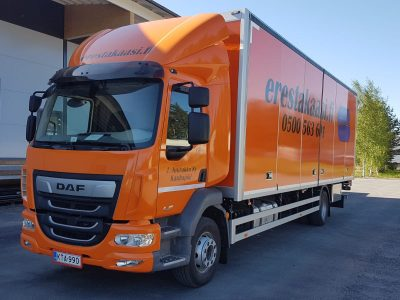 Uusi DAF kuorma-auto palveluksessanne!